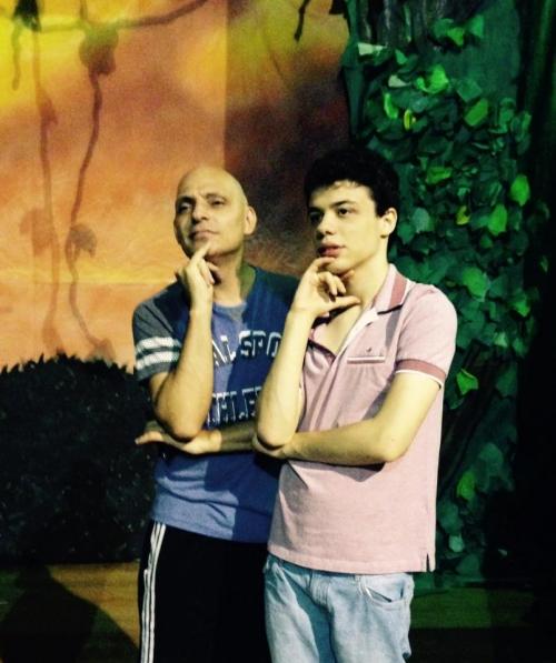 Inclusione Cidade à Fora - Teatro A Chapéuzinho quer ser Princesa!